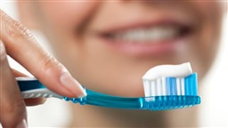 Common Chemical in Cosmetics and Toothpaste Linked to Osteoporosis