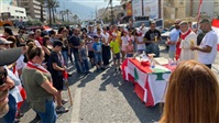 Watch: Sunday Mass celebrated on Ghazir highway