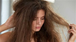 10 Hacks to Keep Your Hair Looking Healthy During Winter