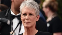 """Jamie Lee Curtis Reveals She Once """"Shared Drugs"""" With Her Father"""