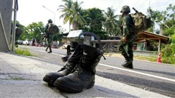 Thai officials resume peace dialogue with main southern insurgents