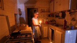 Blackouts darken misery of Lebanon's economic collapse
