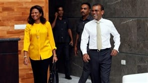 Former Maldives president hurt in blast outside home