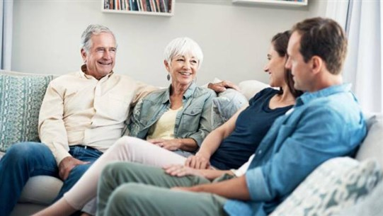 The Dos and Don'ts of Meeting the In-Laws for First Time