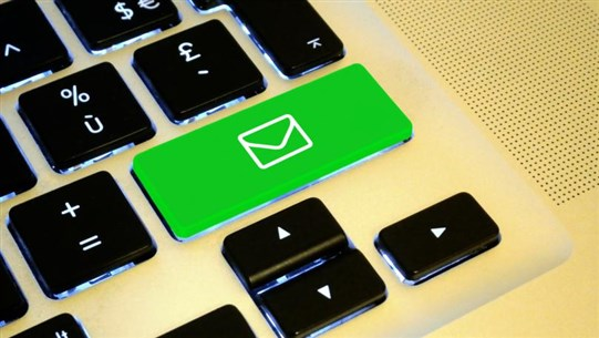 How to Write the Perfect Email, According to Experts