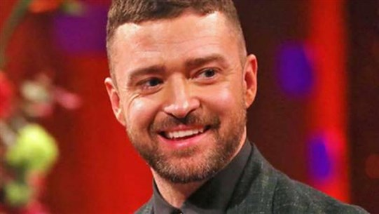 Justin Timberlake Struggles to Remember Own Lyrics After Urine Was Thrown at Him at a Gig