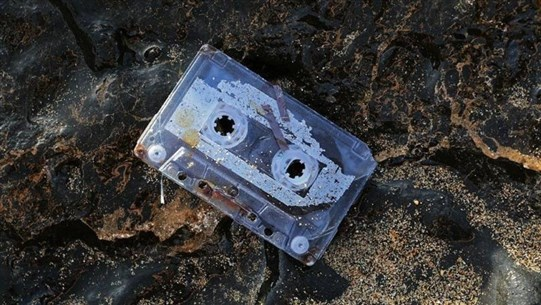 Woman Finds Mixtape After Losing It in Sea 25 Years Ago