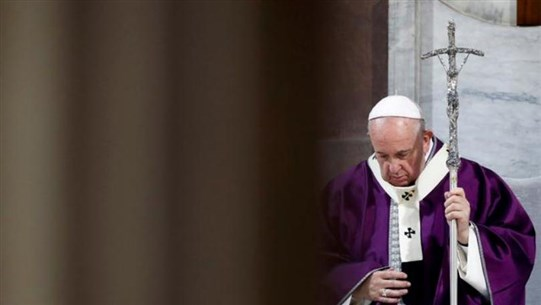 Pope leads world's Catholics into Lent at Ash Wednesday rite