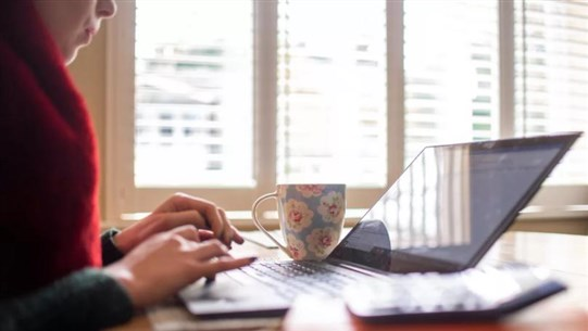 How to Work from Home Successfully During Lockdown