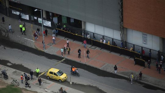 Colombian capital to renew lockdowns by neighborhood as cases rise