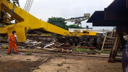 Ten crushed to death in Indian crane collapse