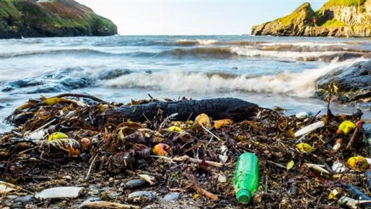 IUCN: Over 200,000 Tonnes of Plastic Leaking Into Mediterranean Each Year